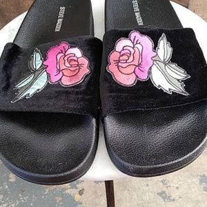 Steve Madden Shoes - Steve Madden Rose Slides